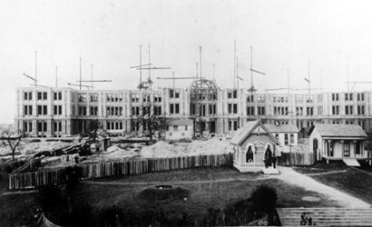 The present and first texas state capitol buildings austin texas texas state capitol building during construction 1886 austin texas old photo malvernweather Images