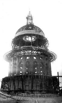 The present and first texas state capitol buildings austin texas texas state capitol dome under construction austin texas old photo malvernweather Images