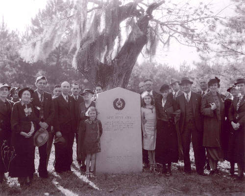 Dedication of New Kentucky Texas Centennial marker, 1936 old photo