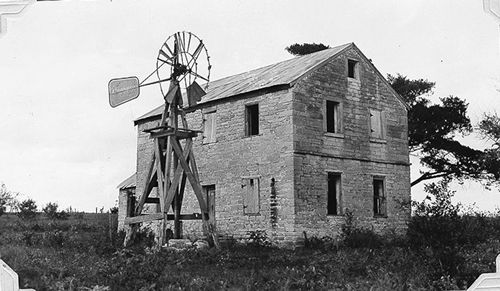 Hochheim TX Stage coach Inn with Windmill