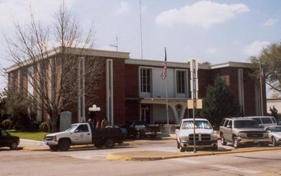 1970 Madison County Courthouse Madisonville Texas