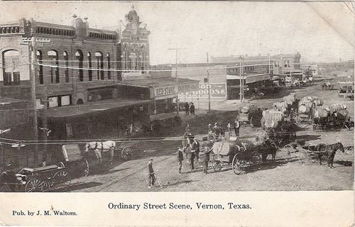 Vernon Tx 1910s Street Scene With Horse Drawn Wagons
