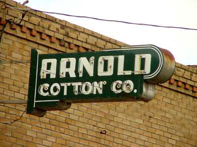 Arnold Cotton Co. neon sign, Crockett Texas