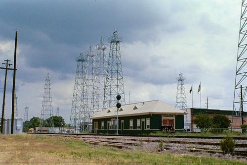 Kilgore Texas, Home of the World's Richest Acre.