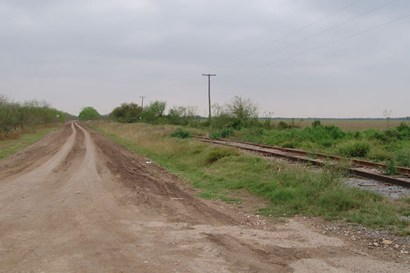 Old Military Hwy & RR tracks, to Los Ebanos, Texas