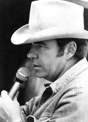 Hoyt Axton Hoyt Axton singing