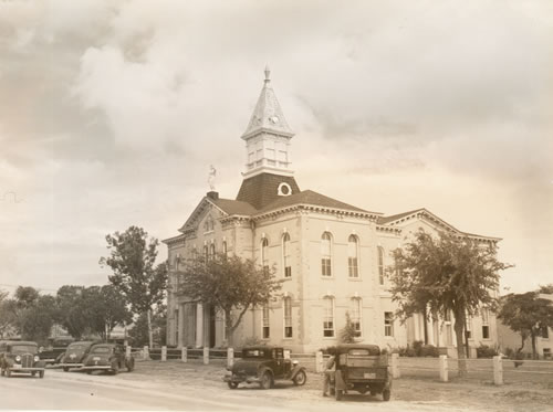 Wilson County Courthouse Floresville Texas 1939