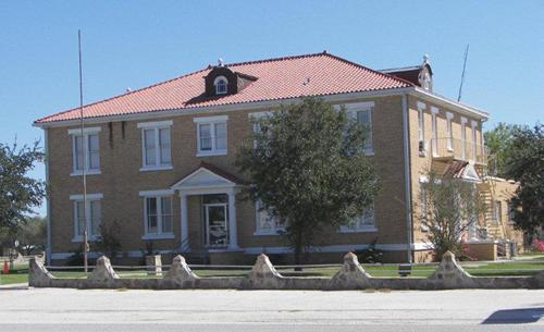 McMullen County Courthouse, Tilden, Texas. on