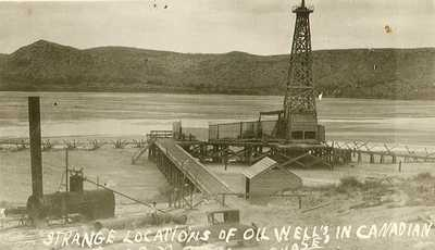 Oil wells, Canadian River, Canadian, Texas 1920s