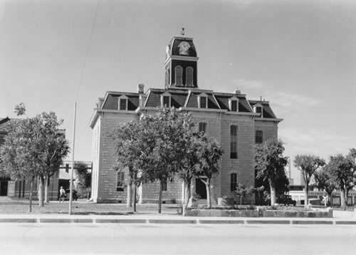 Tx 1884 Coleman County Courthouse Old Photo