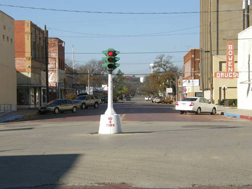 Coleman Texas Old Fashioned Traffic Light