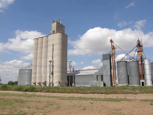 Grain Elevator Question - Model Railroader Magazine ...