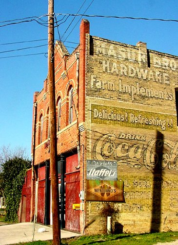 Lockhard Texas Hardware And Ghost Signs