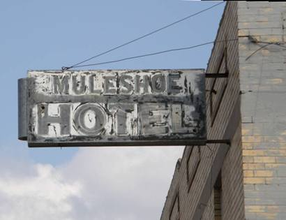 Muleshoe Tx Hotel Neon Sign