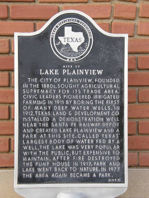 Plainview, Texas depot - Site of Lake Plainview historical marker