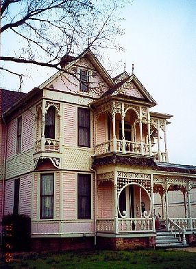 Waxahachie Texas Gingerbread House