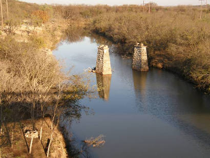 Ballinger Tx - Former Railroad Bridge Over Elm Creek