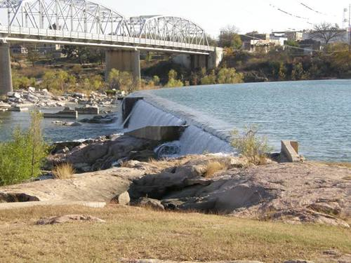 Llano River, Texas bridges, dam, flood, photos & stories