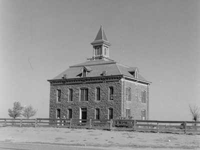Former Kent County Courthouse, Clairemont, Texas