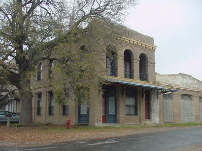 Devine Tx Old Building