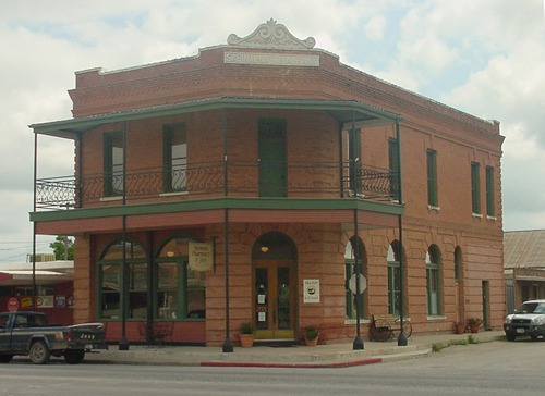 The Connection At Huntsville >> Sabinal TX history, landmarks, Sabinal River, photos, day trips.