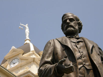 Belton TX - Peter Bell Statue, Bell County Courthouse