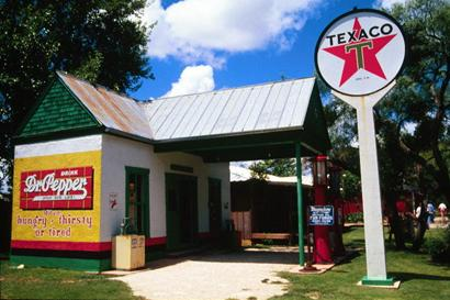 Buffalo Gap , Texas Texaco gas station